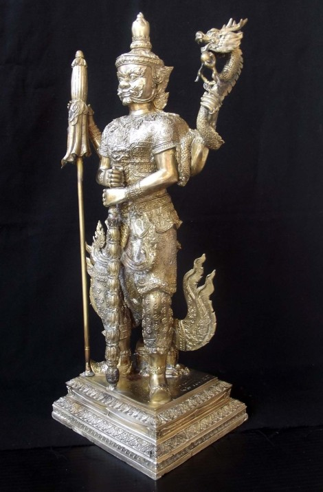 Bucha Statues of Taw Waes