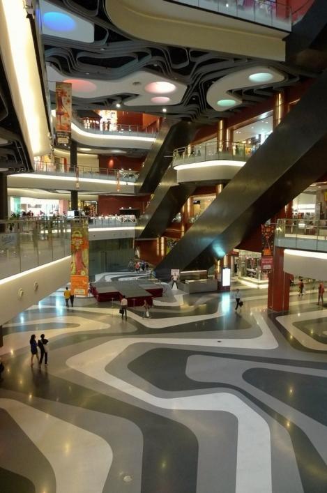 Iluma mall interior_Singapore_woha_7